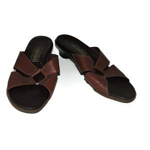 Mephisto Womens Size 41 8.5 Brown Leather Sandal